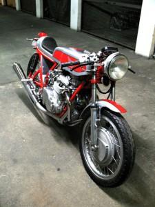 Honda 550 four vue av