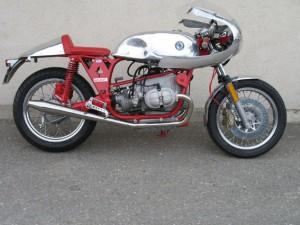 Café-Racer sur base R100RS mais faisant 1100cc grâce au kit Siebenrock